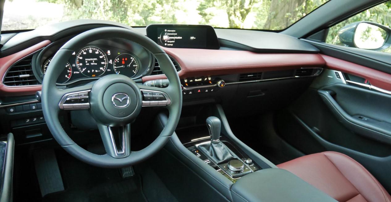 2020 Mazda 3 AWD Interior