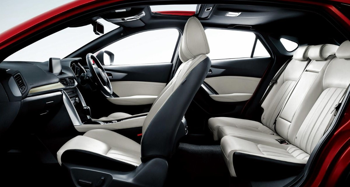2020 Mazda CX 4 Interior