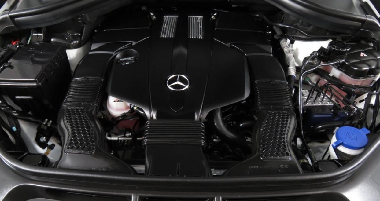 2020 Mercedes GLS 450 Engine