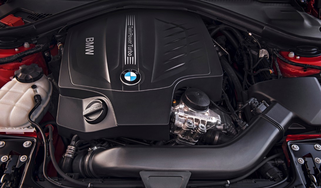2021 BMW 4 Series Engine