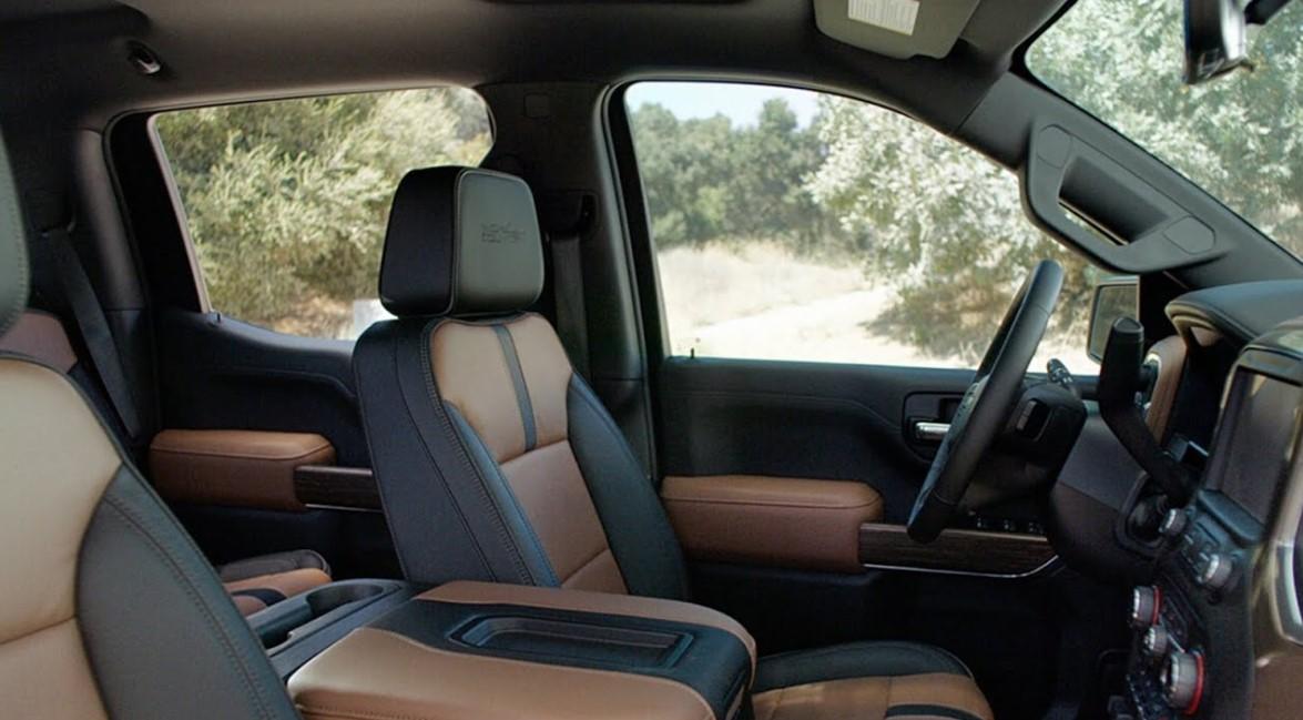 2021 Chevrolet Silverado SS Interior
