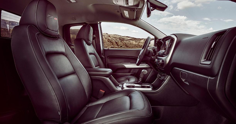 2021 Chevy Colorado ZR2 Interior