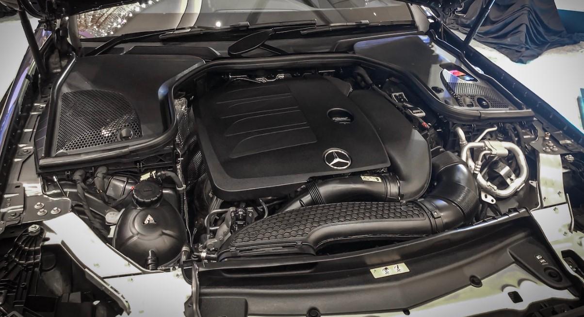 2021 Mercedes Benz E300 Engine