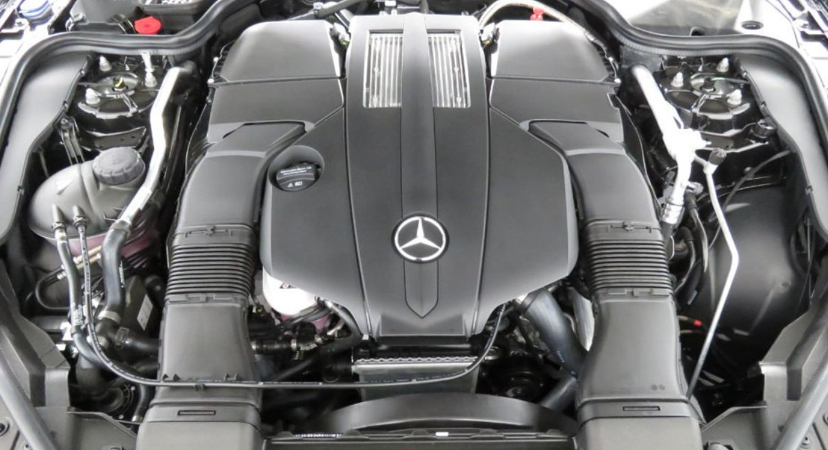 2021 Mercedes Benz SL Engine