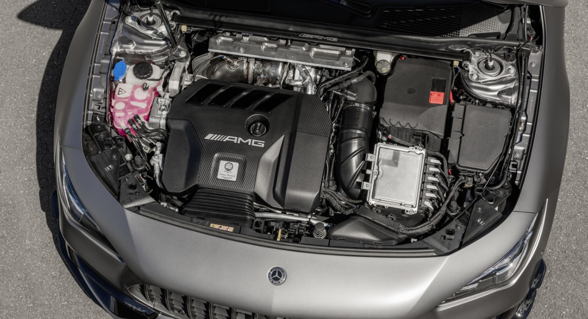 2021 Mercedes GLA 45 AMG Engine