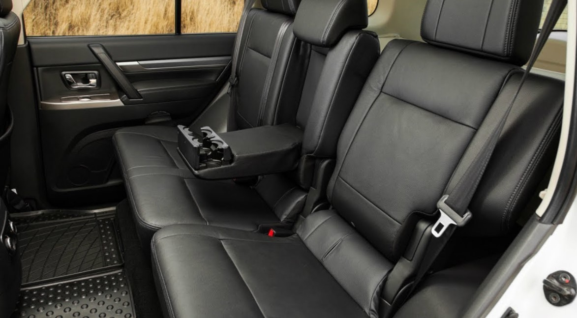2021 Mitsubishi Montero Interior
