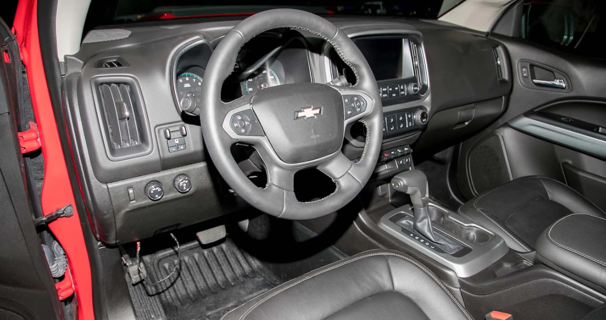 2022 Chevrolet Colorado ZR2 Interior
