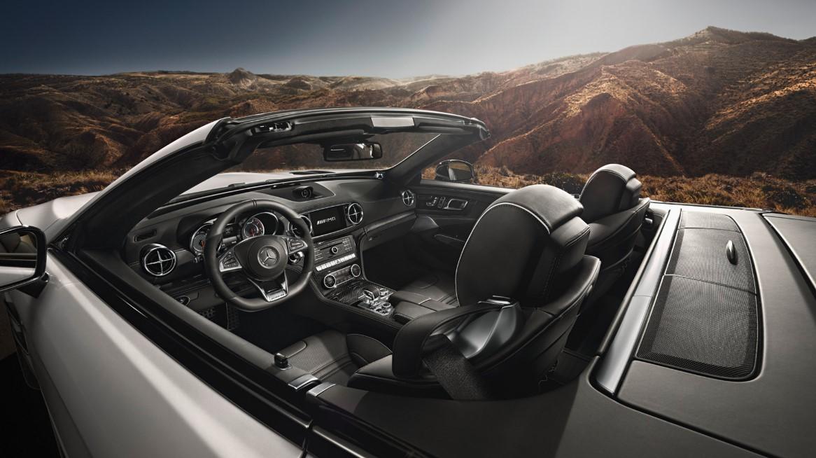 Mercedes SLK 2021 Interior