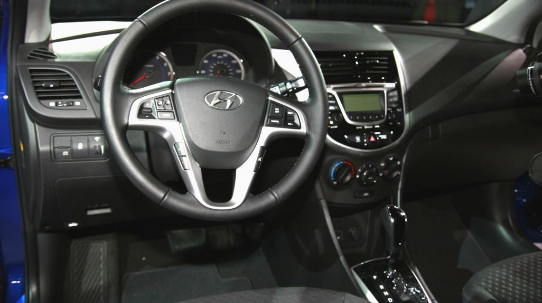 2021 Hyundai Accent Interior