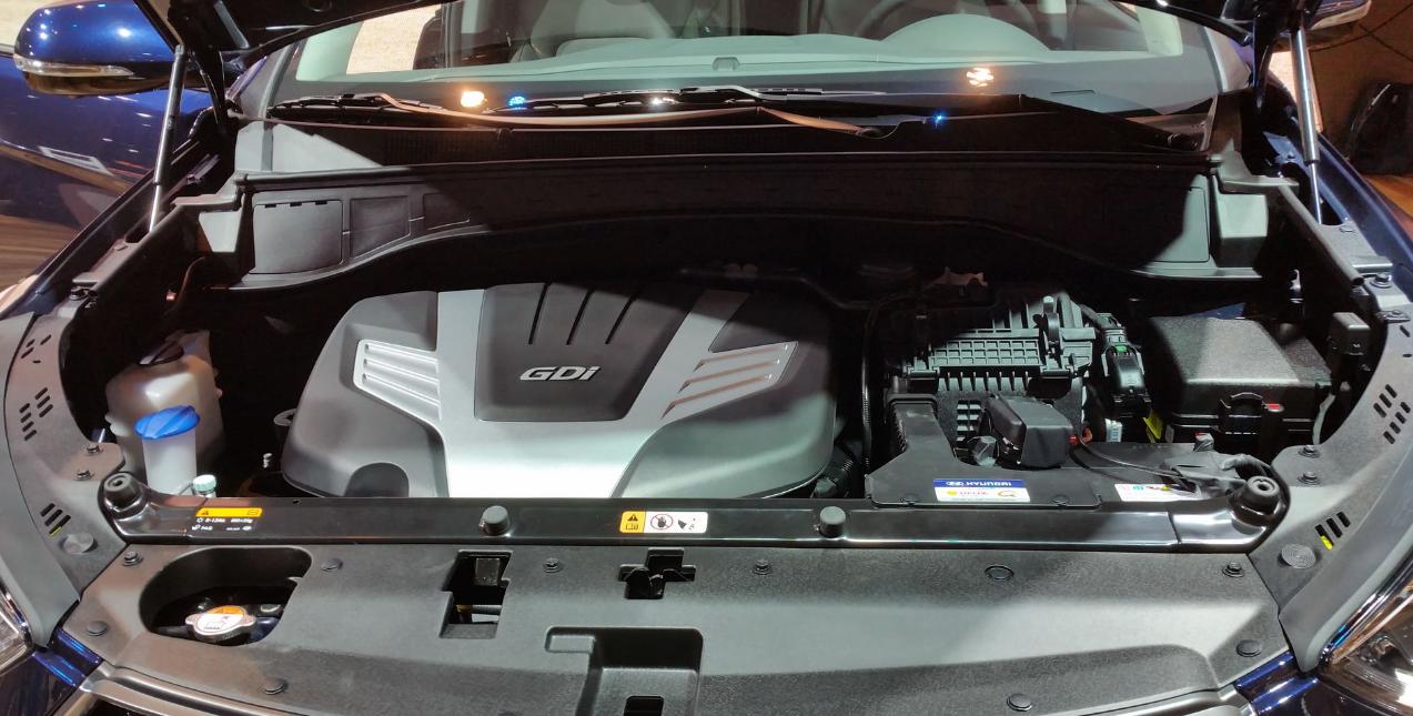 2021 Hyundai Santa Fe Engine
