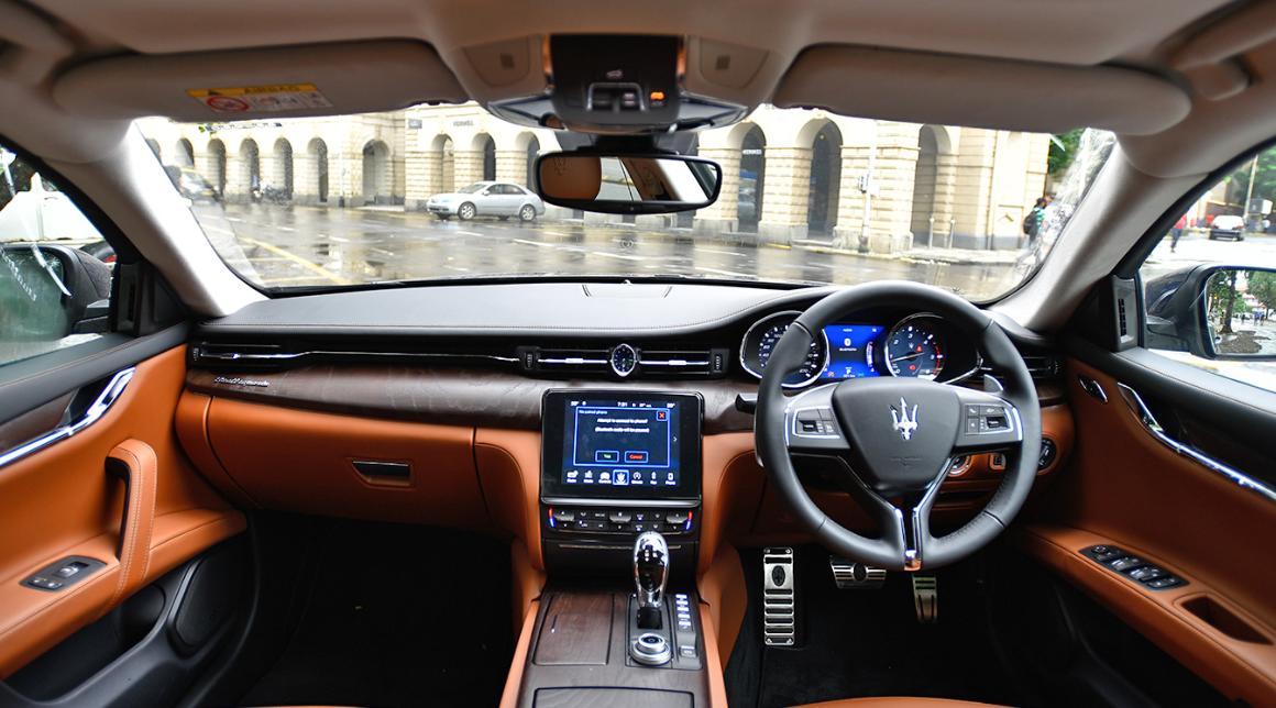 2021 Maserati Quattroporte Interior