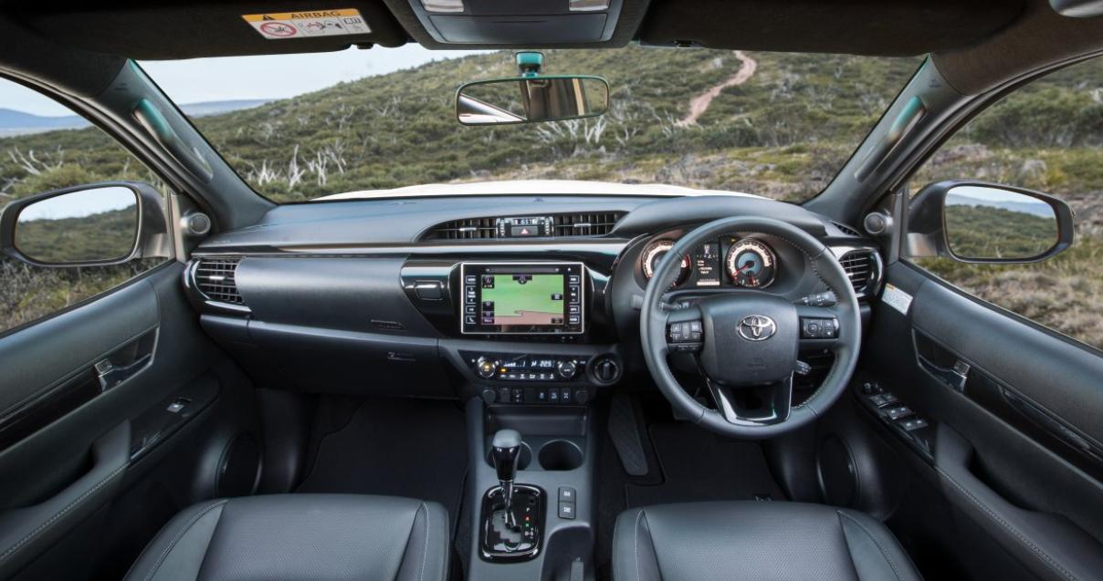 Toyota Hilux 2022 Interior