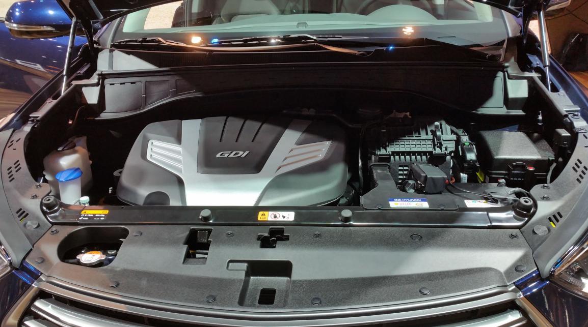 2020 Hyundai Santa FE Engine