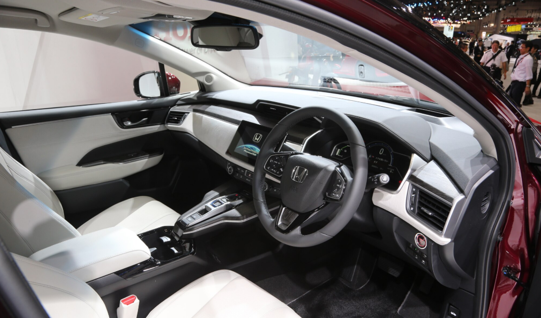 2022 Honda Clarity Interior