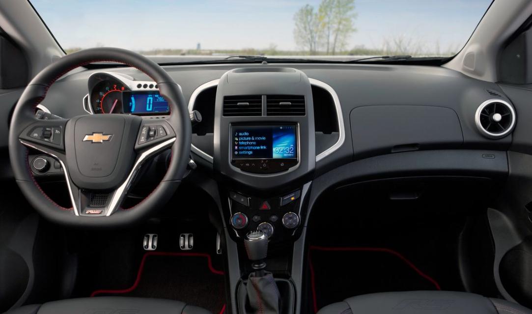 2021 Chevrolet Sonic Interior