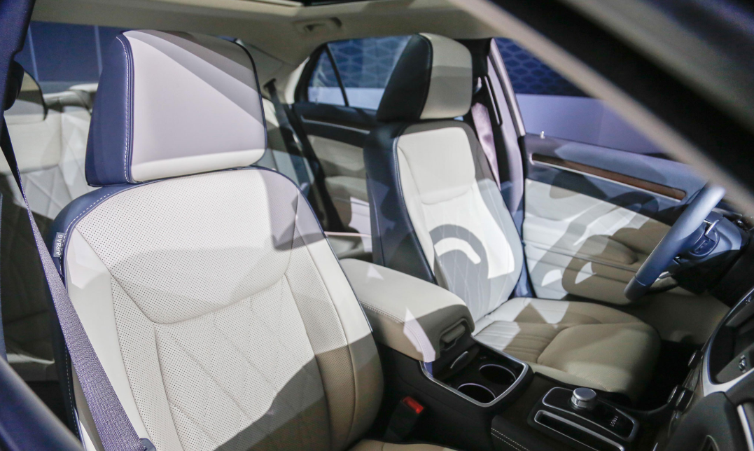 Chrysler 300 2022 Interior
