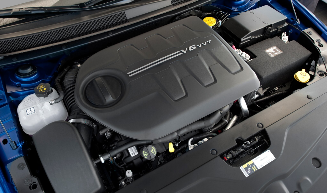 2020 Chrysler 200 Engine