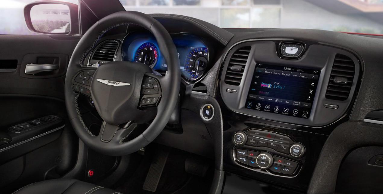 2020 Chrysler 300 Review Interior
