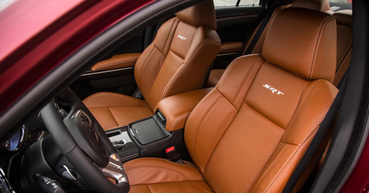 2020 Chrysler 300 Sport Interior
