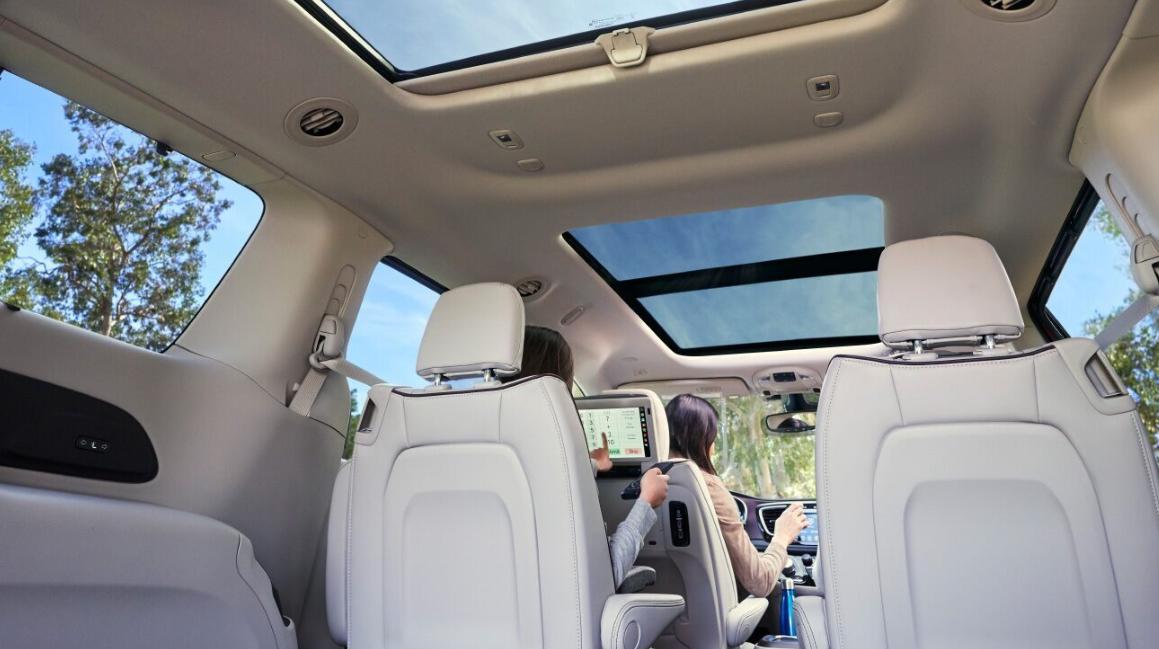 2020 Chrysler Pacifica Interior
