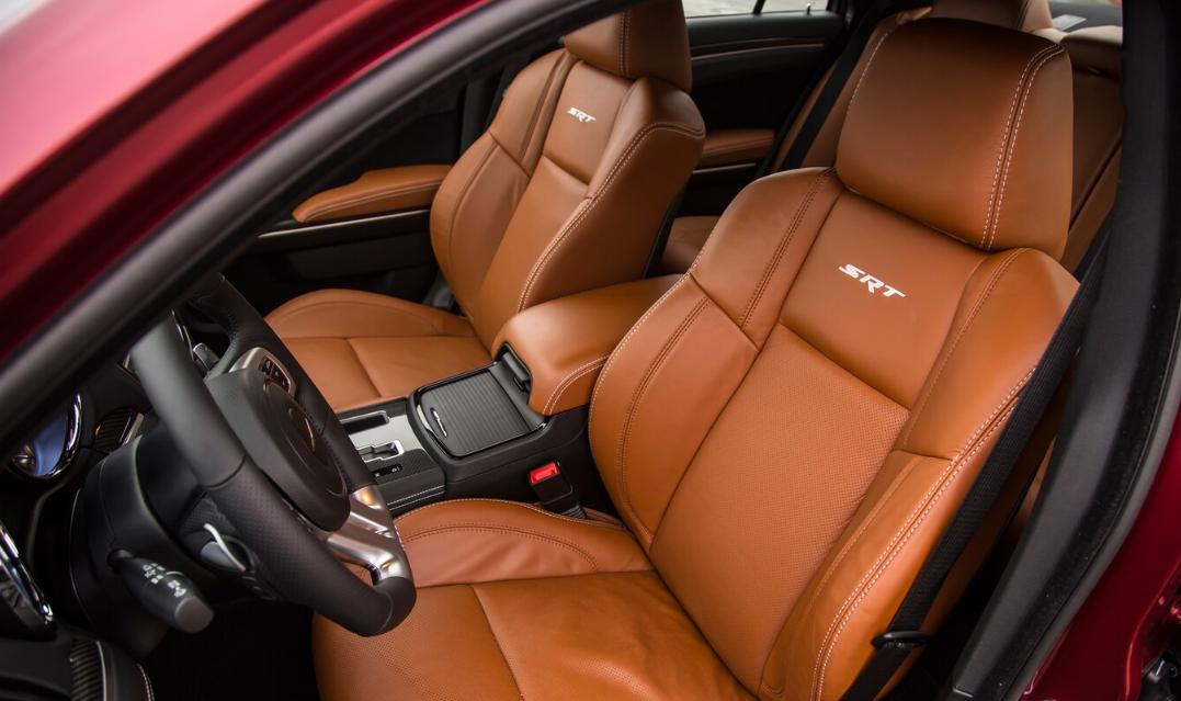 2020 SRT Chrysler 300 Interior