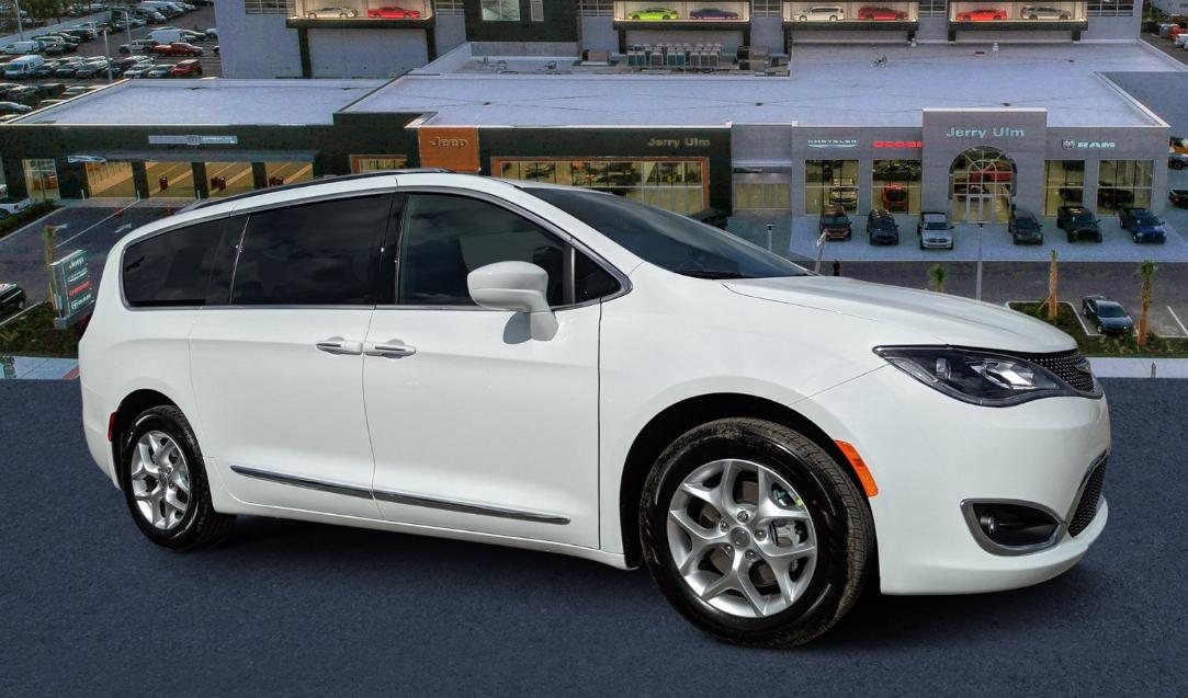 2020 Chrysler Minivan Exterior