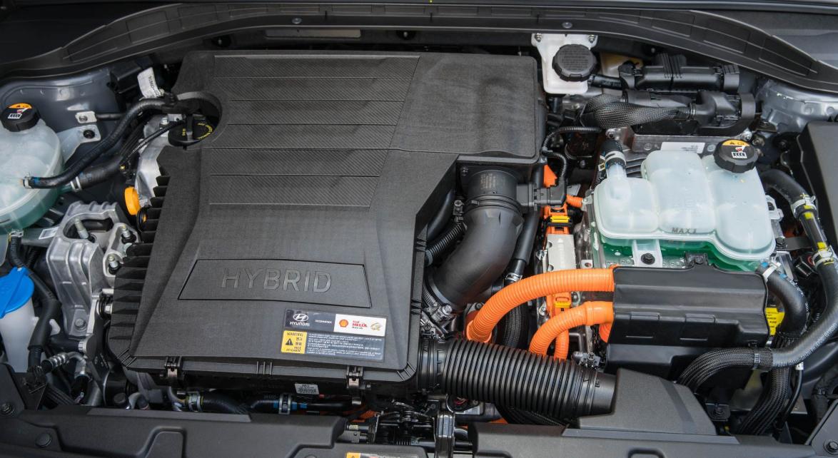 2022 Hyundai Ioniq Engine