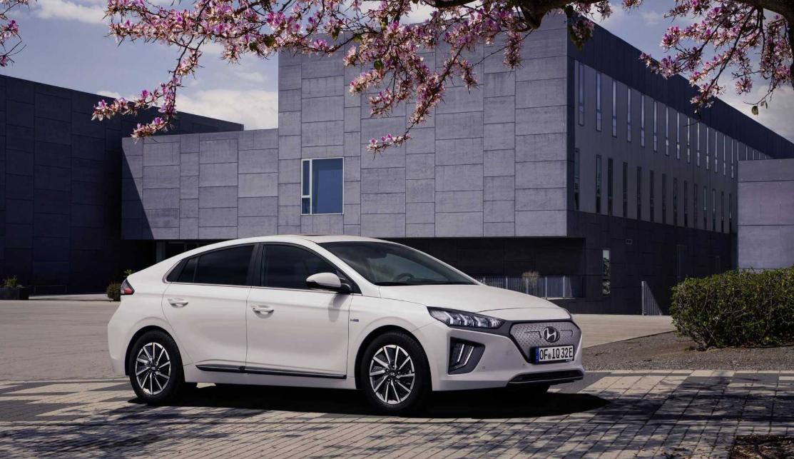 2022 Hyundai Ioniq Exterior