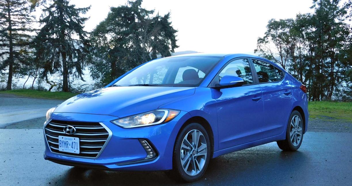 2023 Hyundai Elantra Exterior