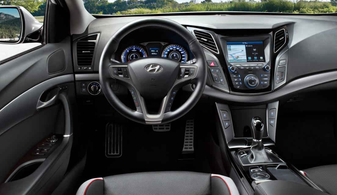 Hyundai I40 2022 Interior