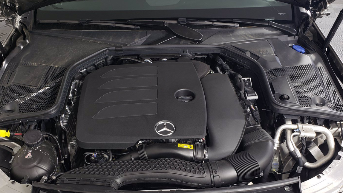 Mercedes C 2022 Engine