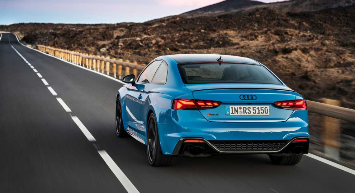 2023 Audi RS5 Engine
