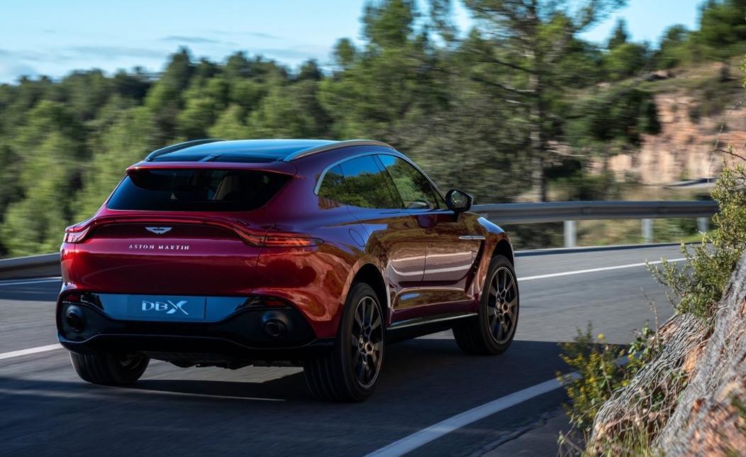 2022 Aston Martin DBX Engine