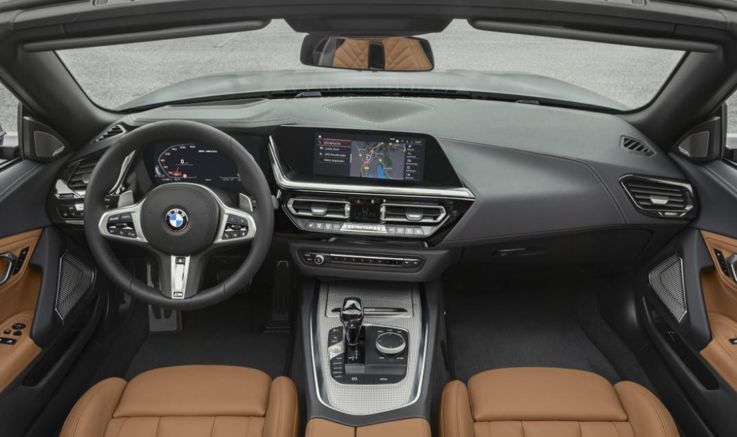 2022 BMW Z4 Roadster Interior