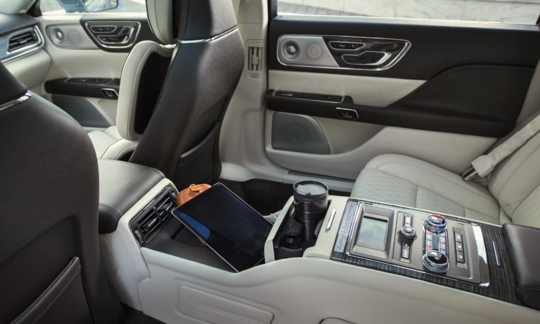 2022 Lincoln Continental Interior