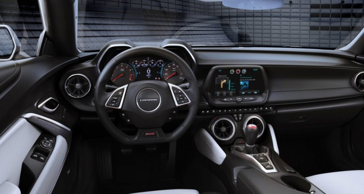 2022 Chevrolet Camaro Z28 Interior
