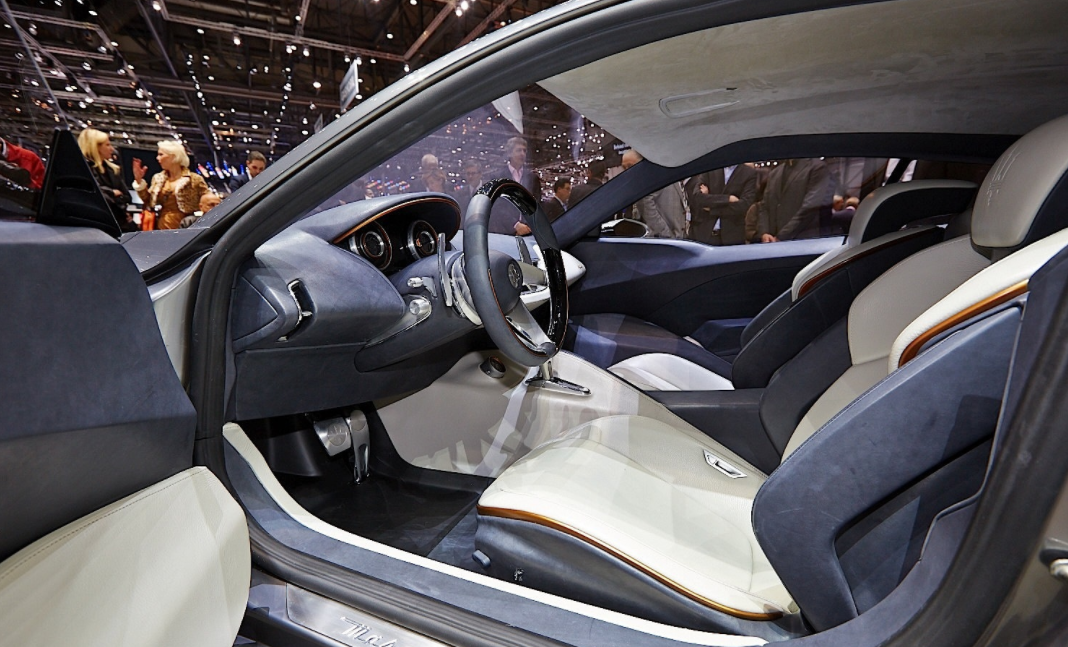 2022 Maserati Alfieri Interior