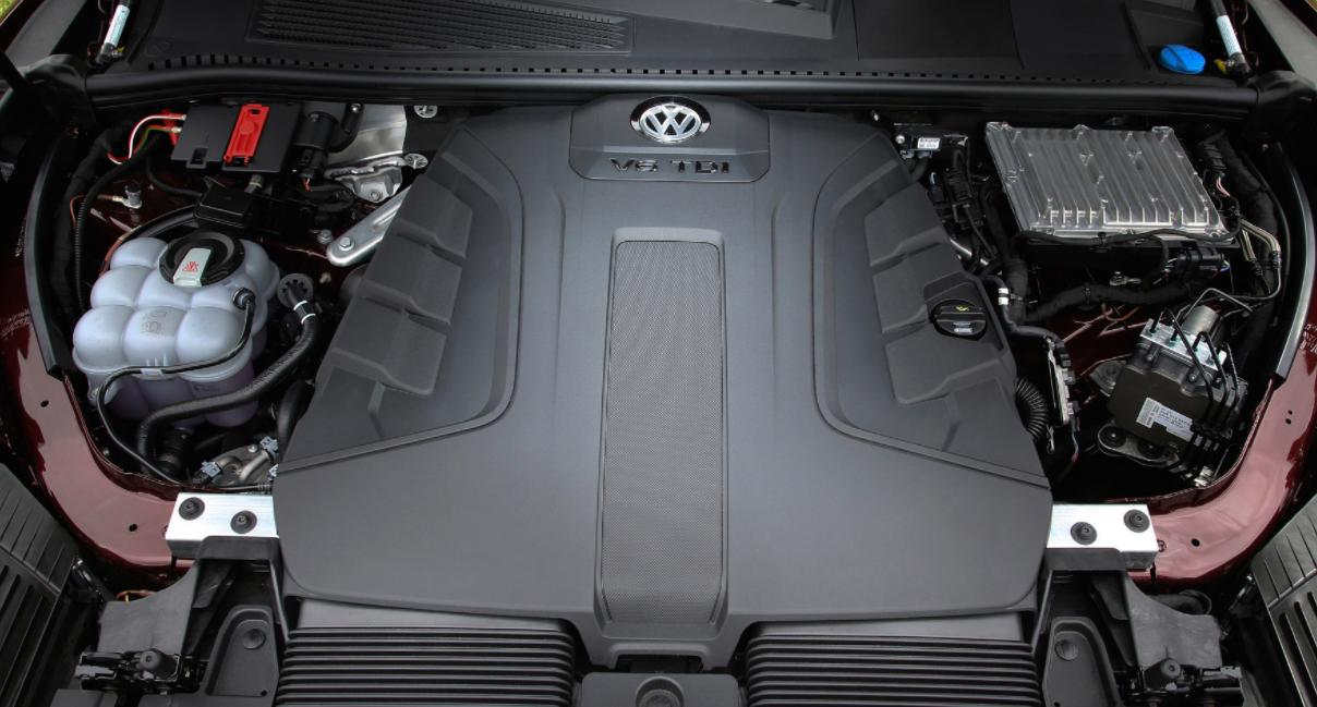 2022 Volkswagen Touareg Engine