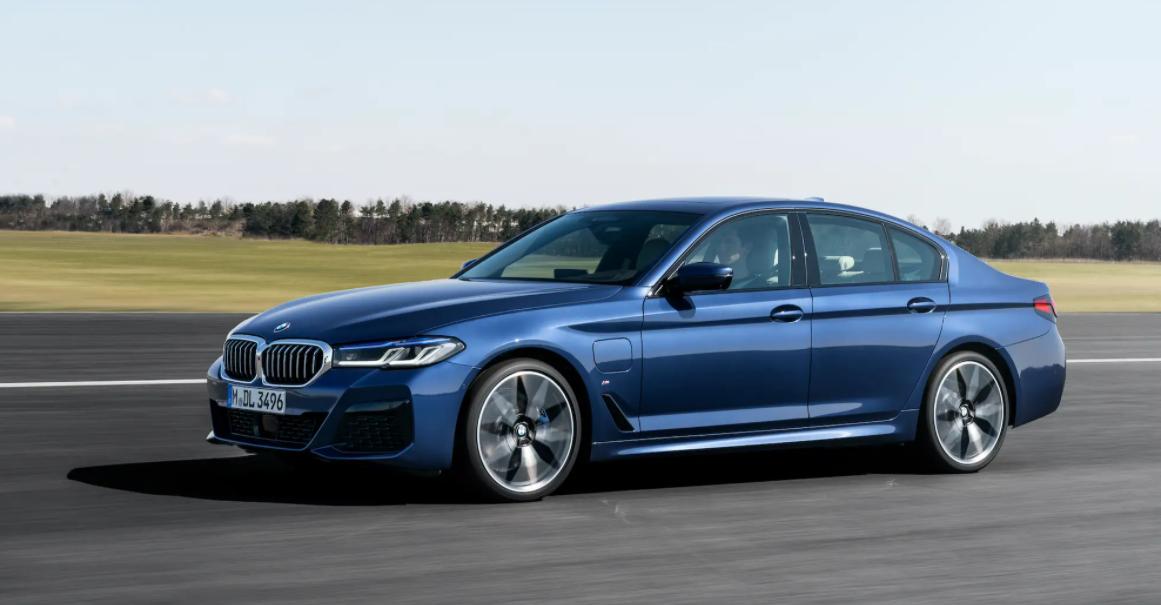 2022 BMW 5 Exterior