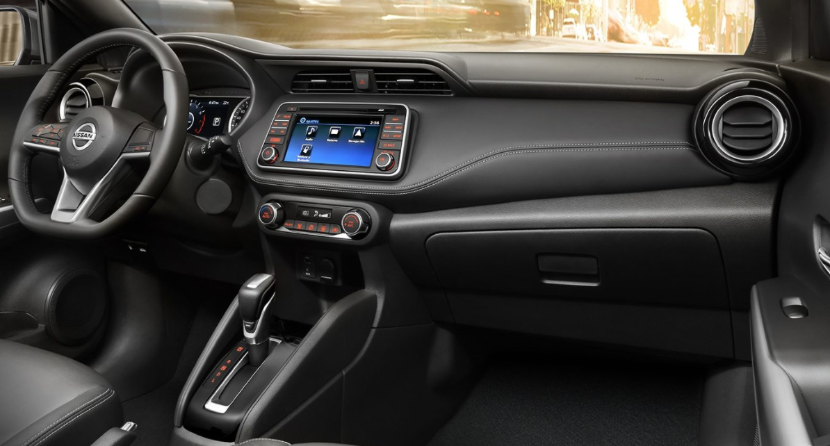 Nissan Kicks 2023 Interior