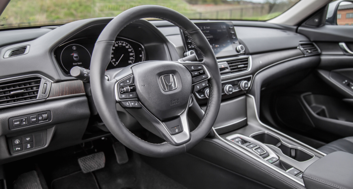 2023 Honda Accord Touring Interior