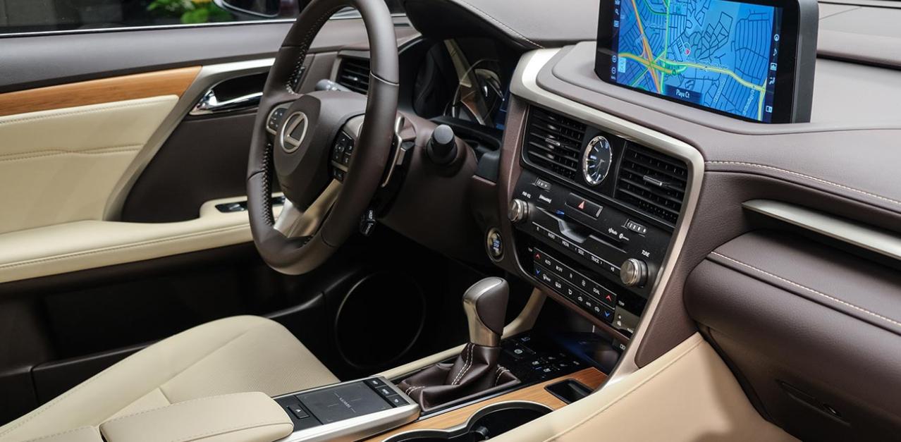 2023 Lexus RX350 Interior
