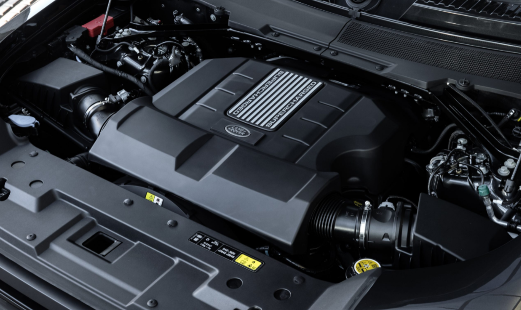 2023 Land Rover Discovery Engine