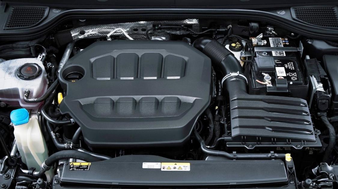 2023 Volkswagen Golf Engine