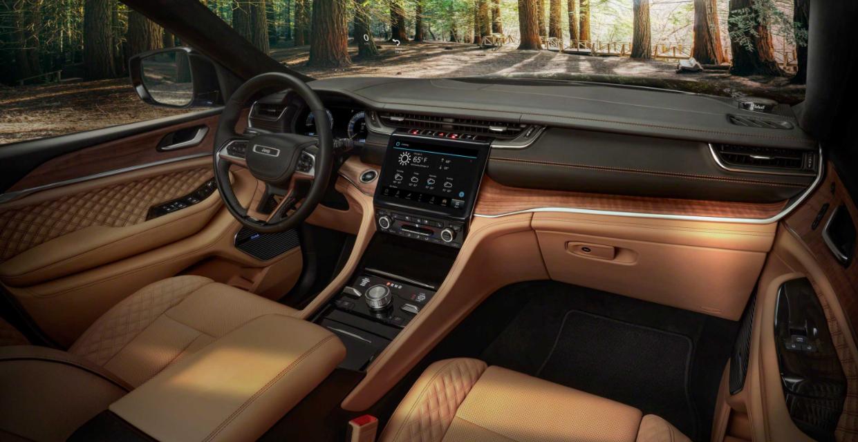 2023 jeep cherokee Interior