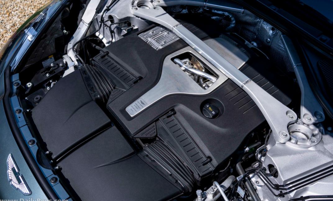 2023 Aston Martin DBX Engine