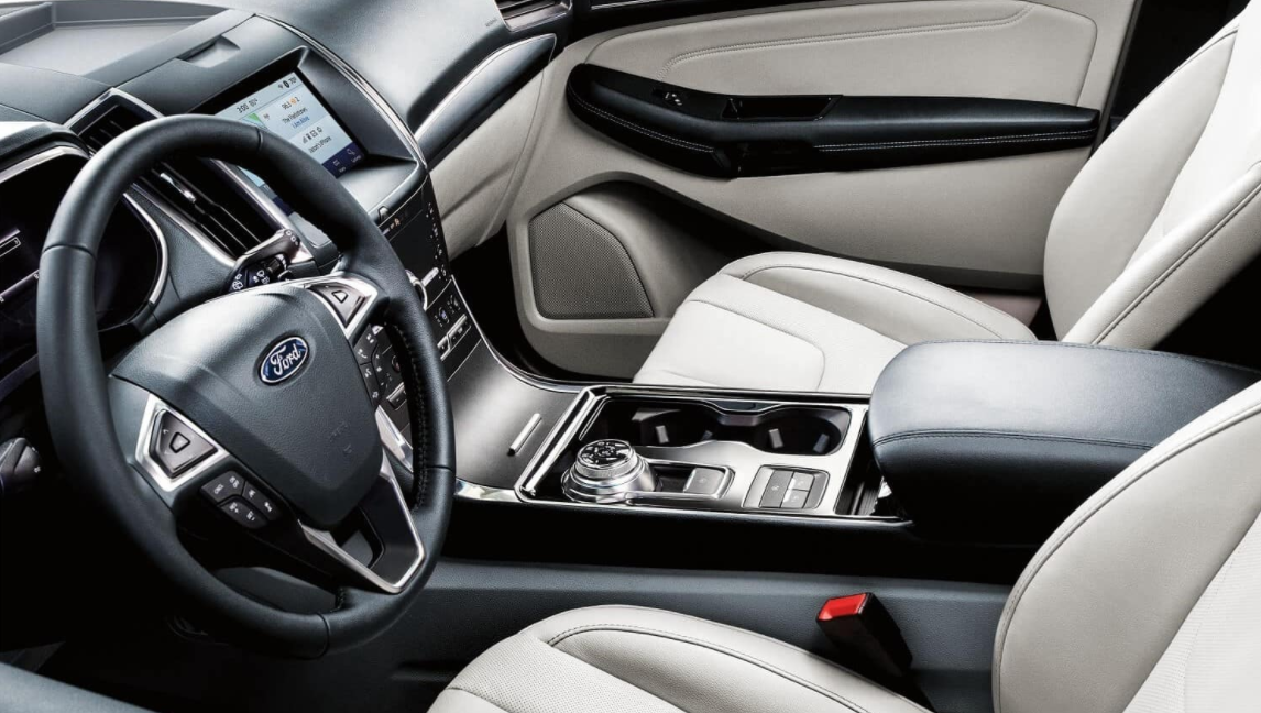 2023 Ford Edge ST Interior