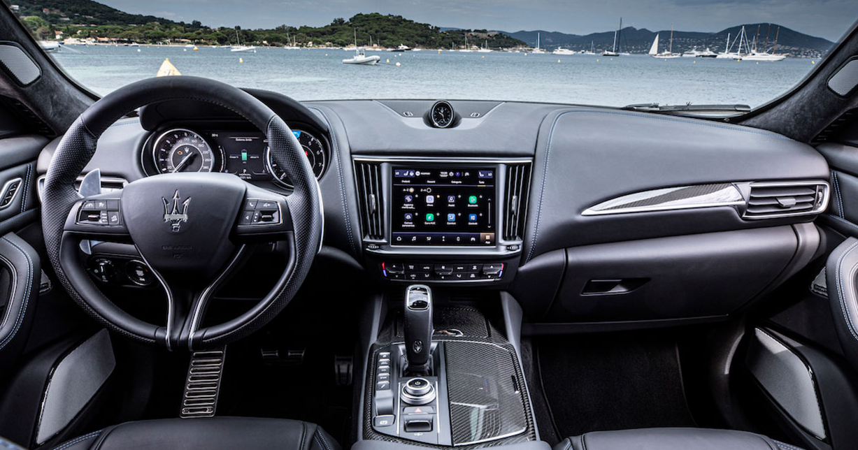 2023 Maserati Levante Interior