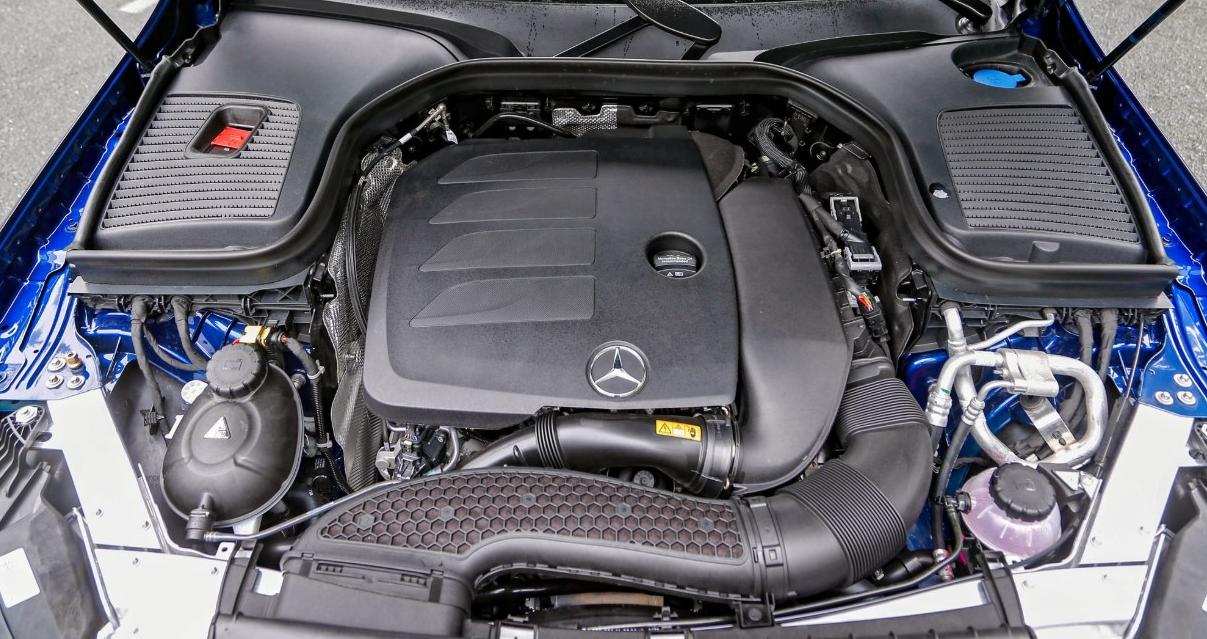 2023 Mercedes GLC Engine